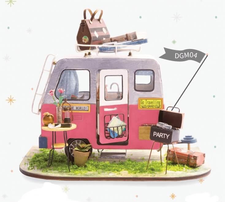 Румбокс DIY-Dom «Happy Camper» 1