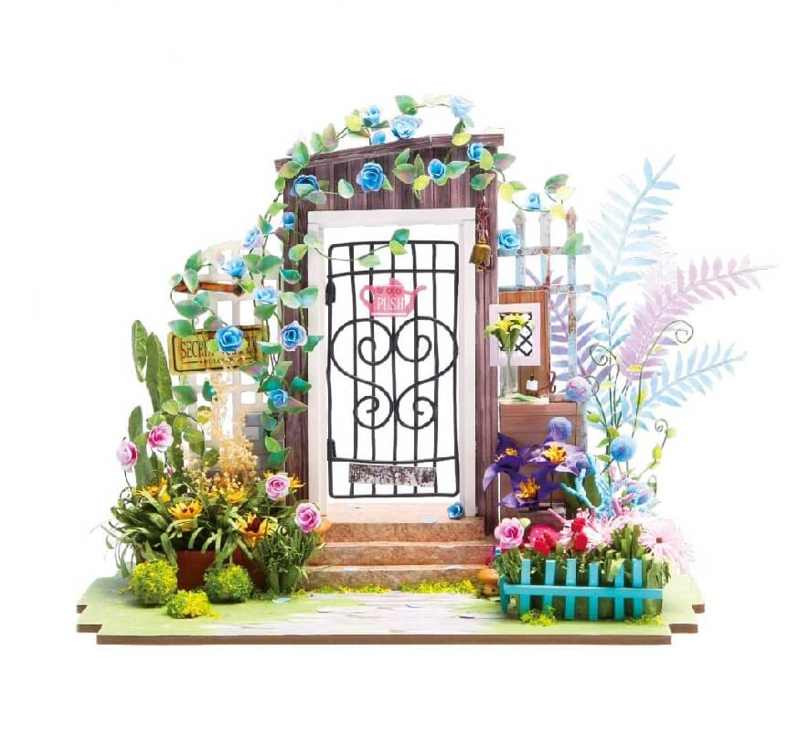 roombox garden entrance 5